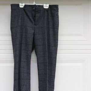 Zara Gray and black Hounds-tooth tailored pants